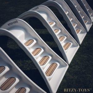 Light-edition-Ritzy-Slide-small